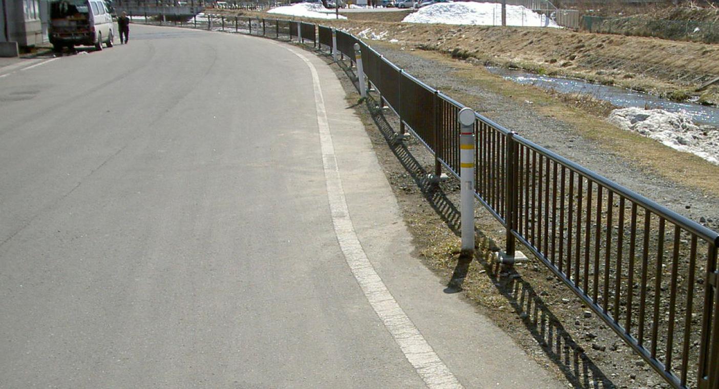 古間木川横転防止柵設置工事