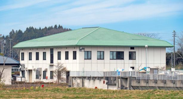 三沢市浄化センター管理棟屋根修繕